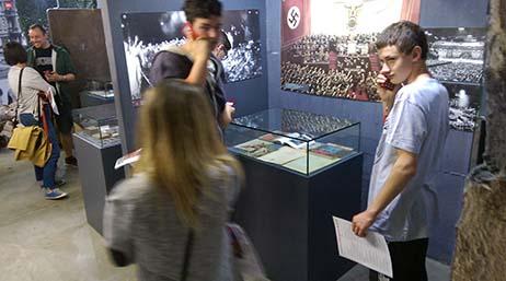 Museum, Besucher, Kommentare 05