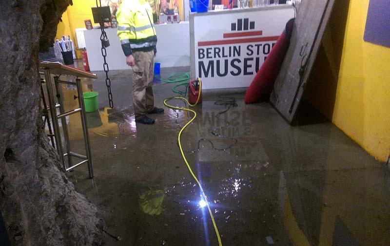 Museum_Uberschwemmung_Eingang