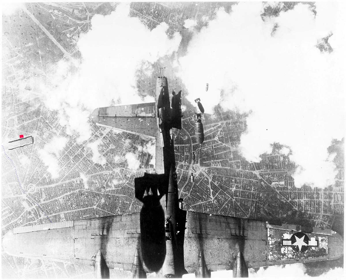 bunker-and-united_states_bombing_raid_over_a_german_nara_1200